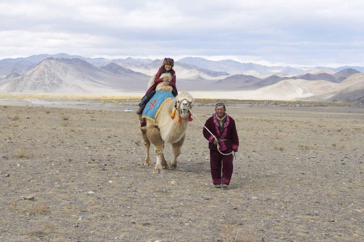 Dr Zenaidy Castri in CAMEL RIDE Mongolia 4