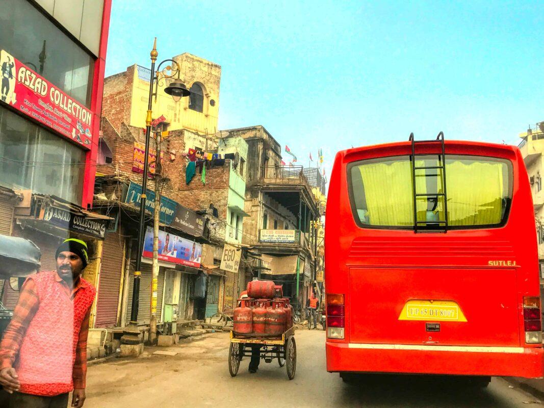 India Street Photography FAMOUS street photographer Dr Zenaidy Castro 15 2