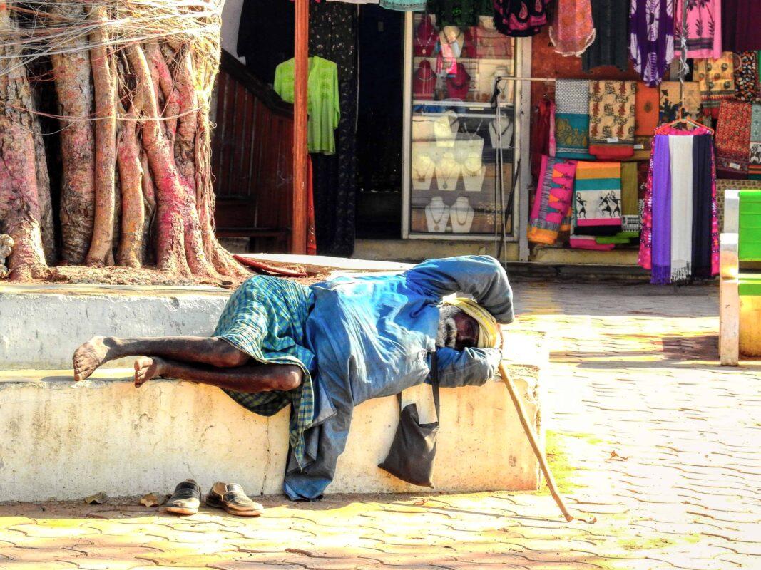India Street Photography FAMOUS street photographer Dr Zenaidy Castro 18