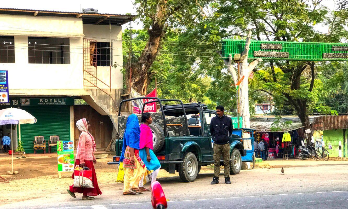 India Street Photography FAMOUS street photographer Dr Zenaidy Castro 24 1