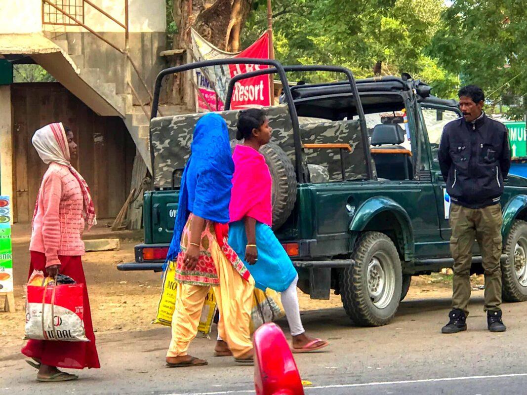 India Street Photography FAMOUS street photographer Dr Zenaidy Castro 25 1