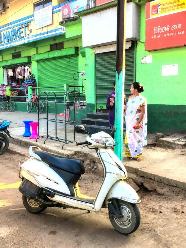 India Street Photography FAMOUS street photographer Dr Zenaidy Castro 28 1