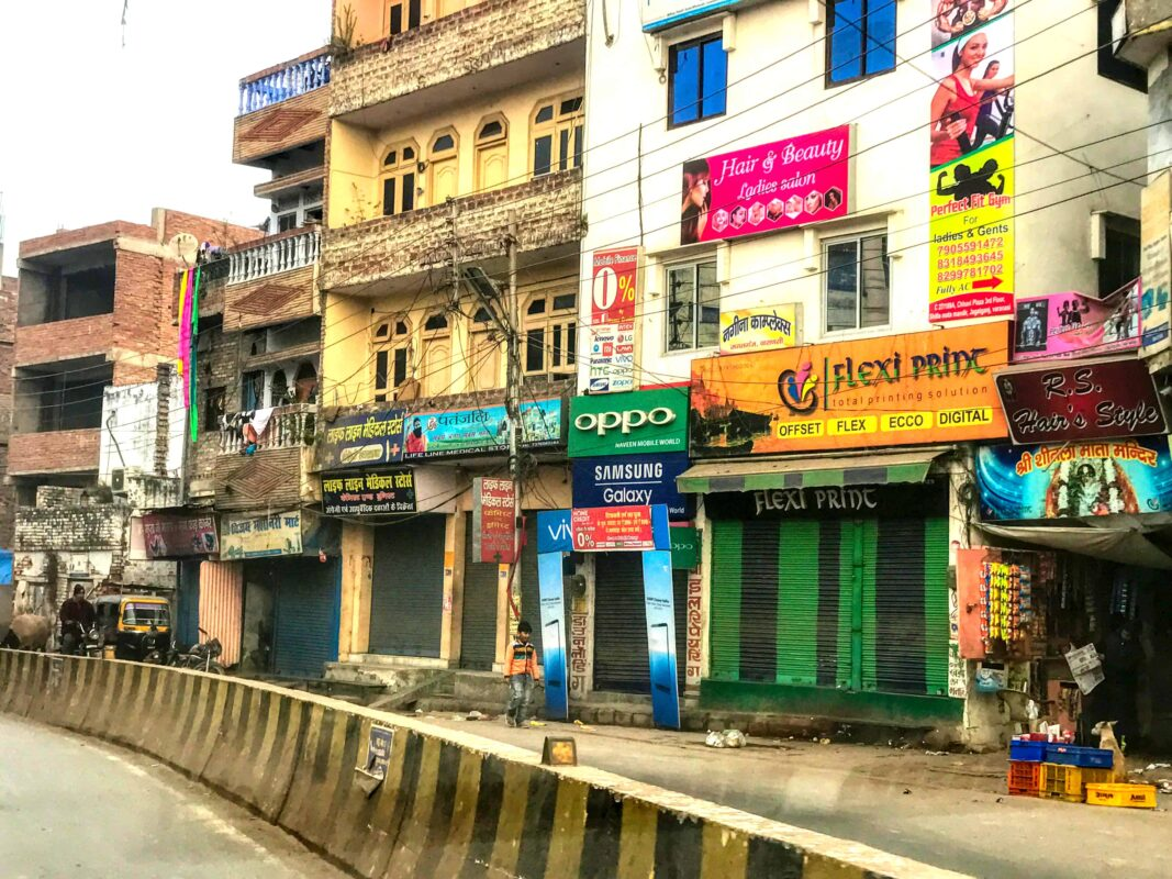 India Street Photography FAMOUS street photographer Dr Zenaidy Castro 29 2