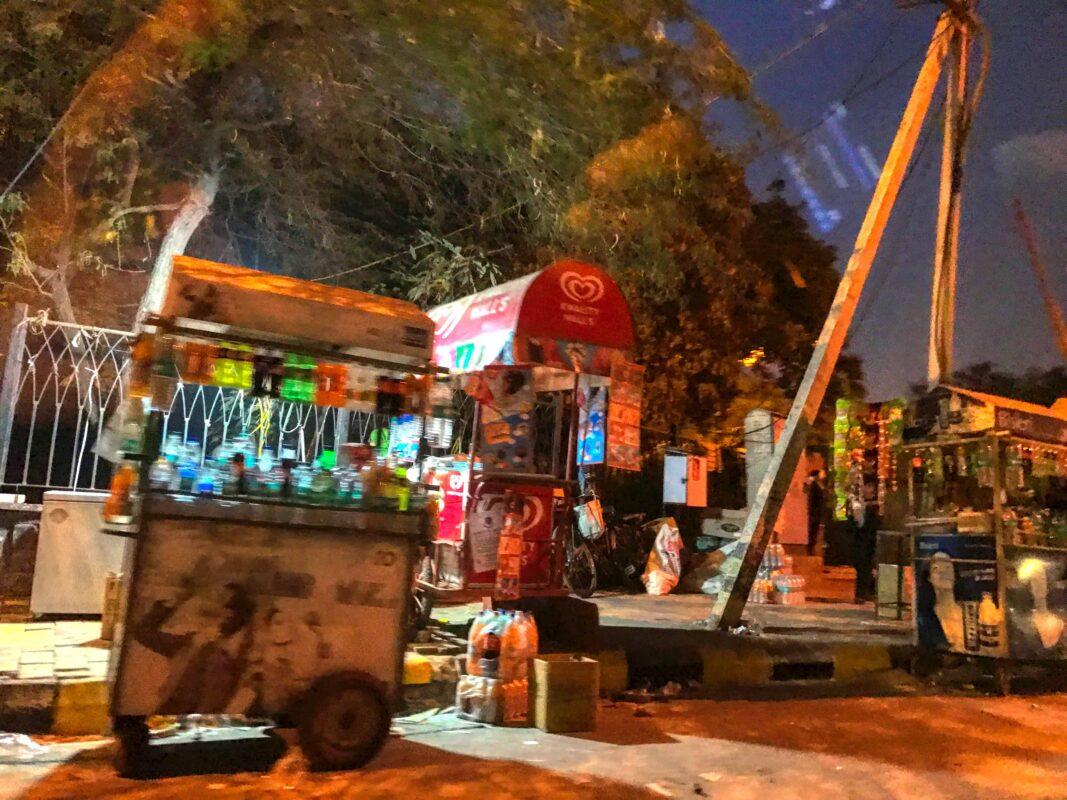 India Street Photography FAMOUS street photographer Dr Zenaidy Castro 52