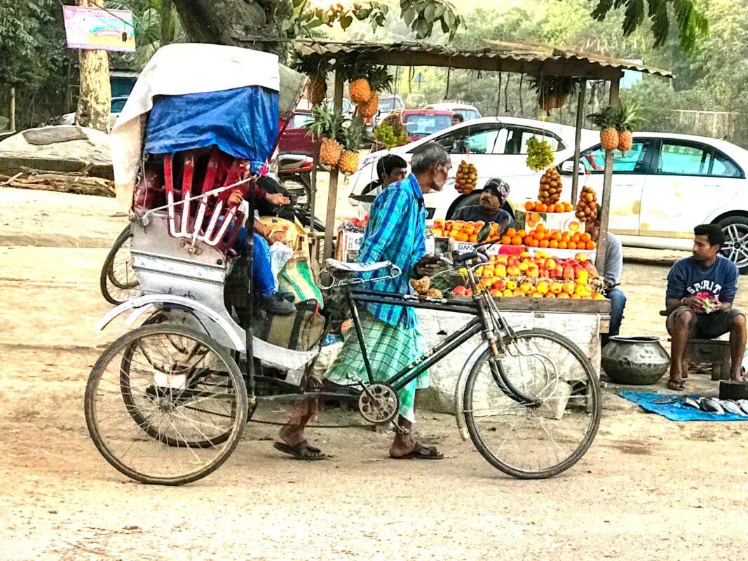 India Street Photography FAMOUS street photographer Dr Zenaidy Castro 6 1