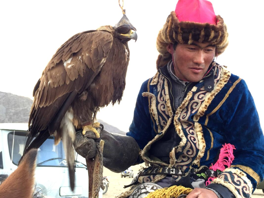 TRAVEL VISUAL DIARY EAGLE HUNTERS INSIDE NAADAM FESTIVAL 30